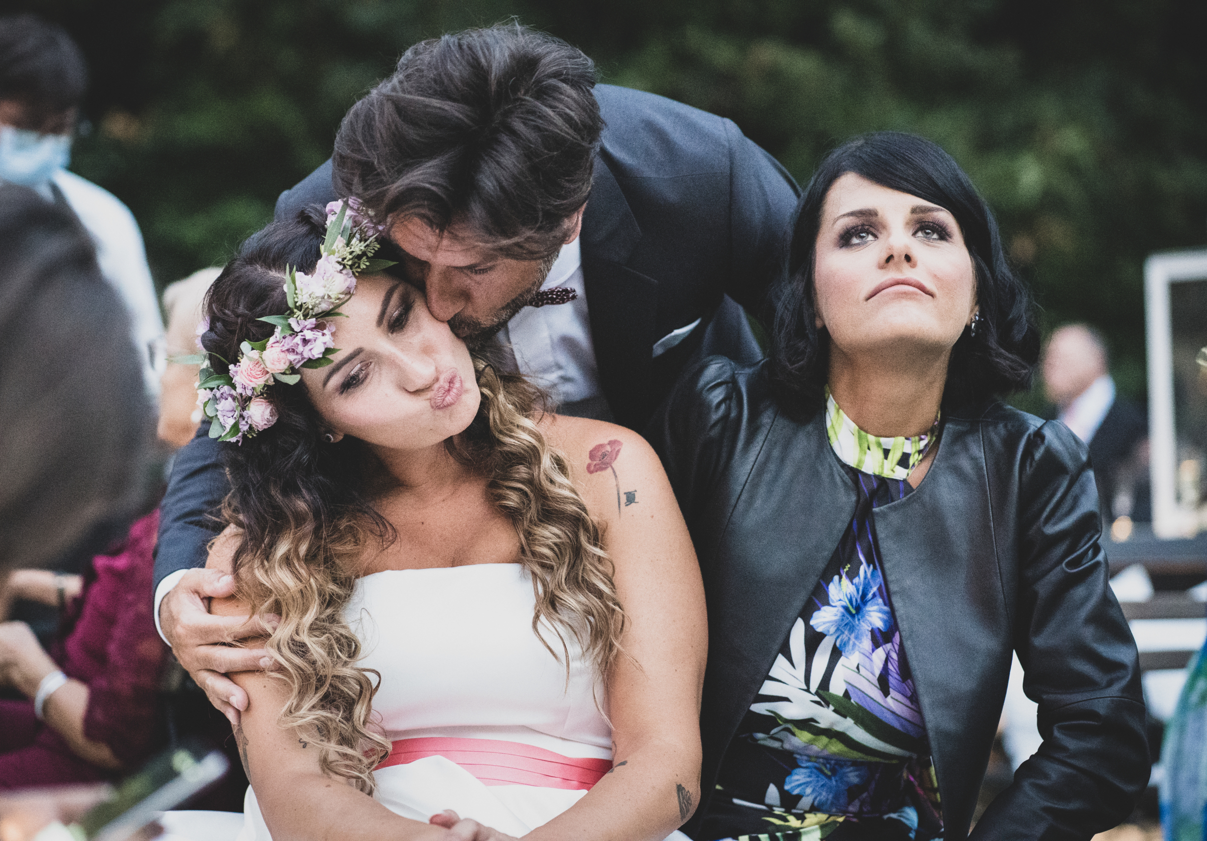 wedding, rome, luxuriwedding, borgolegrazie, maziana, bracciano, love, Friends