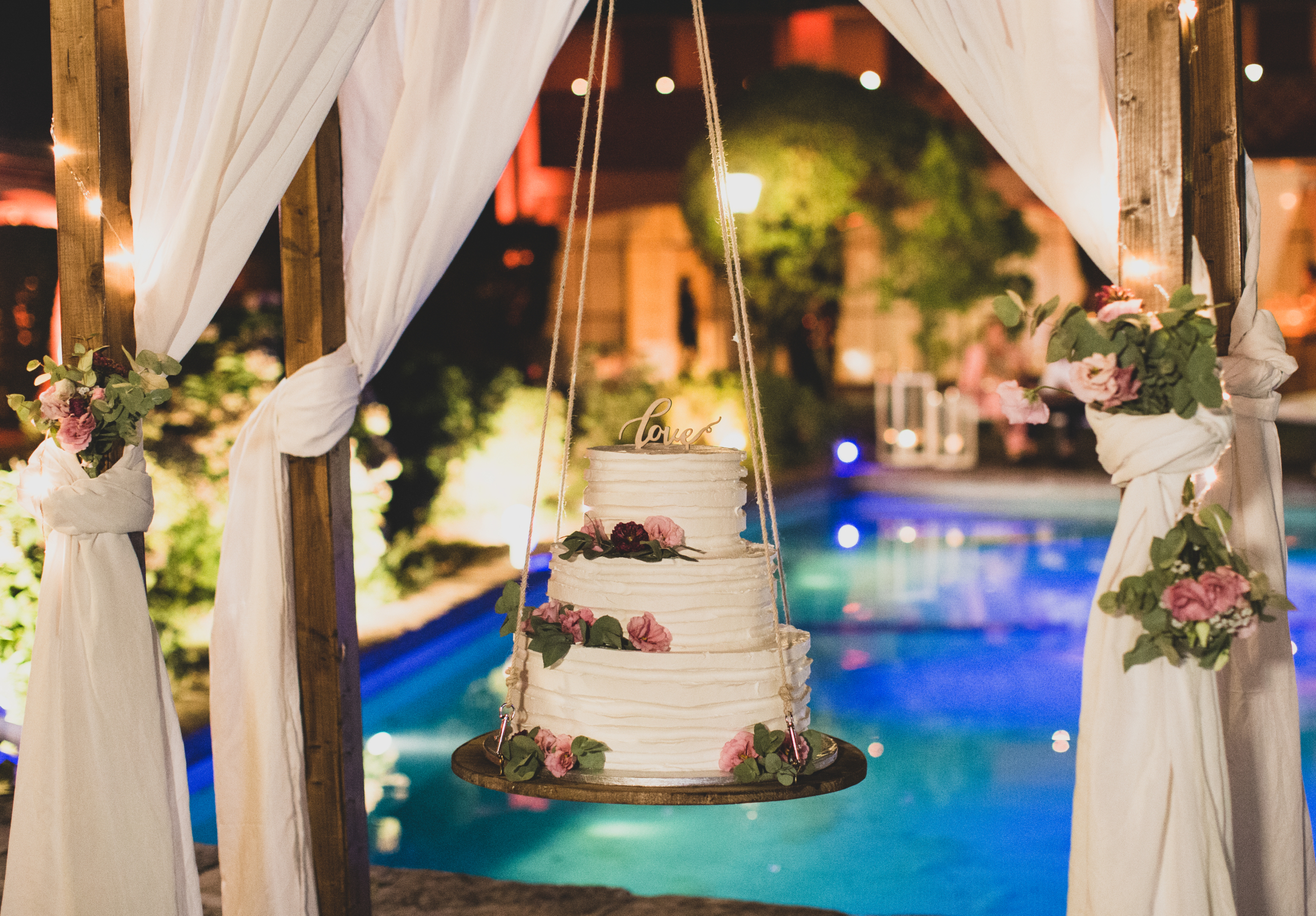 wedding, rome, luxuriwedding, borgolegrazie, maziana, bracciano, love, Friends, Cake, weddingcake